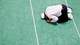 Mener muslimer bør bryte fasten på grunn av korona