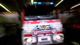 13 skadd i stor brann