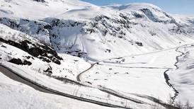 Stor fare for snøskred i store deler av landet