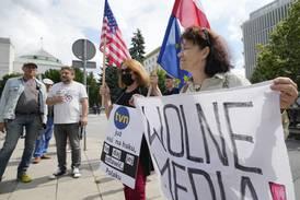 Slik trues pressefriheten i Polen