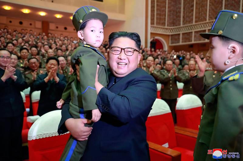 Bildet viser Nord-Koreas leder Kim Jong-un. Han hadde ikke kontakt med sin halvbror Kim Jong-nam. Men halvbroren skal ha hjulpet amerikansk etterretning, ifølge Wall Street Journal.