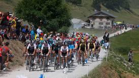 Syklistene får bøter for å tisse