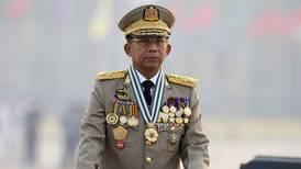 Myanmar vil slippe fri over 5.000 demonstranter