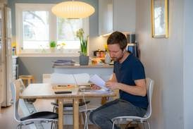 Fedre på hjemmekontor gjør mer husarbeidet