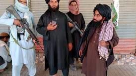 Her ser du hvilke områder Taliban har tatt over