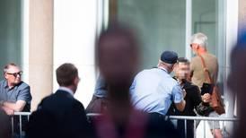 Mann ropte og skrek under 22. juli-tale
