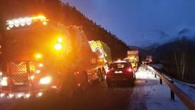 To døde i ulykke med trailere