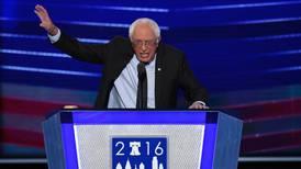 Sanders måtte roe ned tilhengerne sine