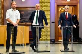 Støre vil snakke med alle partiene som ville ha ny regjering