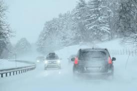 Nå bør du ha på vinterdekk på bilen