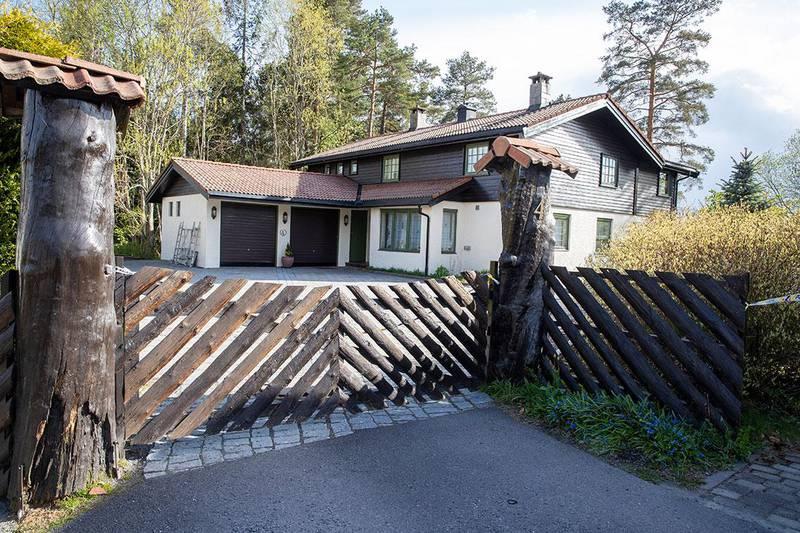 Bildet viser huset til Anne-Elisabeth og Tom Hagen i Lørenskog. Lørdag er det to år siden Anne-Elisabeth Hagen ble borte. Politiet tror flere personer er blandet inn i saken.