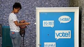 Snart åpner valglokalene i USA