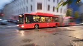 Nå skal bussene kjøre igjen