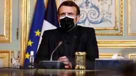 Militæret advarer om borgerkrig i Frankrike