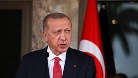 Tyrkia truer med å sende hjem Norges ambassadør