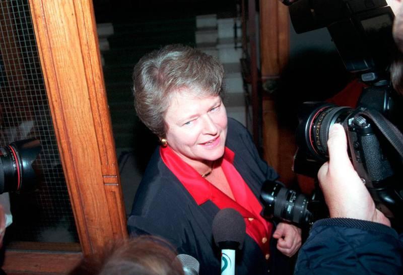 Bildet viser Gro Harlem Brundtland. Hun var Norges første kvinnelige statsminister. Nå skal hennes vei til makta bli til en TV-serie.