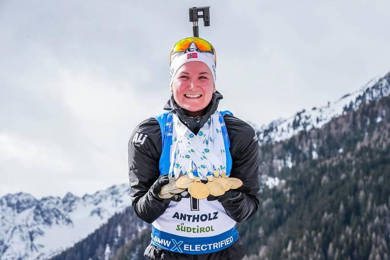Anterselva, Italia 20200223. Marte Olsbu Røiseland tok medalje i alle de syv øvelsene under VM i skiskyting i Anterselva. Det ble til sammen fem gull og to bronse.Foto: Berit Roald / NTB scanpix