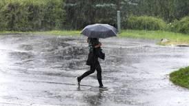 Yr advarer om styrtregn på store deler av Østlandet