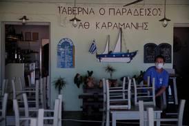 Hellas åpner for turister