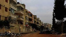 – Hundrevis flykter fra Homs