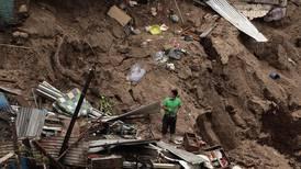Minst 30 døde i uvær i Mellom-Amerika
