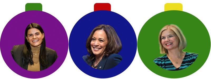 Bildet er av tre julekuler. Det er en kvinne i hver kule.