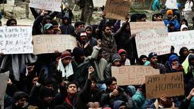 Avslutter flyktninghjelp i protest
