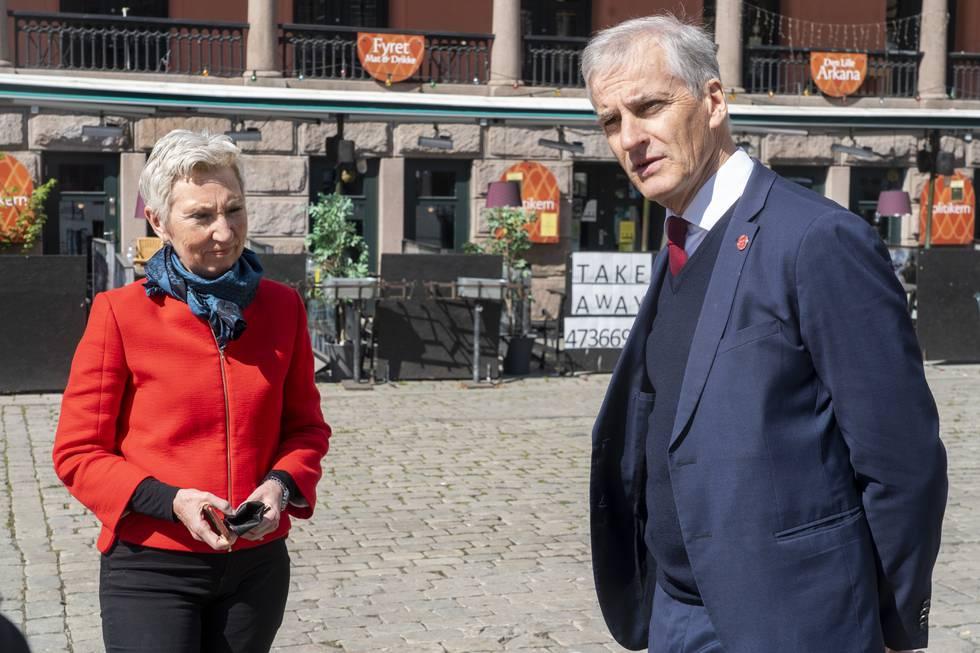 LO-leder Peggy Hessen Følsvik og Ap-leder Jonas Gahr Støre ønsker en ny og forbedret AFP-ordning. Foto: Terje Pedersen / NTB