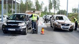 Høie bekrefter at turene til Sverige for å handle kan få følger
