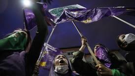 Demonstrerer mot abortlov i Latin-Amerika