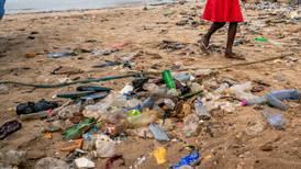 Hvem kaster plast på havet?