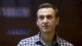 Advarer mot følgene hvis Navalnyj dør i fengsel