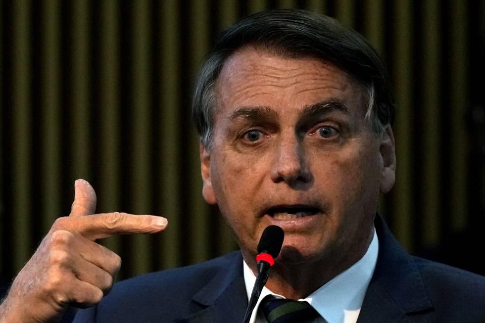 Brasils øverste valgmyndighet skal etterforske president Jair Bolsonaros påstander om valgfusk og ber landets høyesterett vurdere om de er ulovlige eller utgjør en trussel mot demokratiet. Foto: Eraldo Peres / AP / NTB