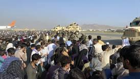 Sender flere folk til Afghanistan