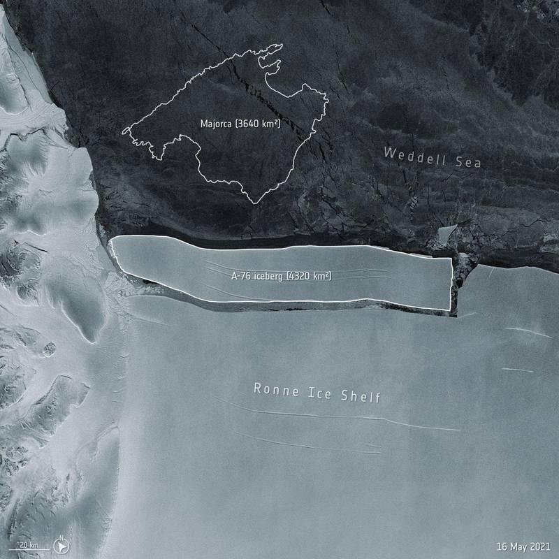 Bildet viser et satellittbilde av Antarktis.