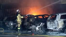 Tente på over 100 biler i Sverige