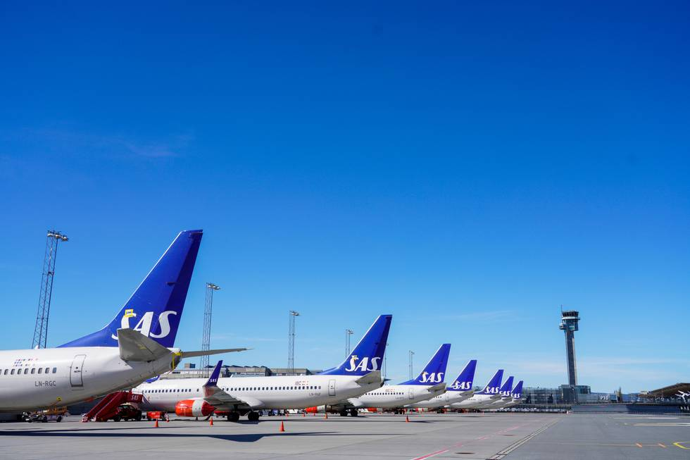 Bildet viser en rekke med fly fra selskapet SAS.