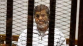 Krever etterforskning av Mursis død