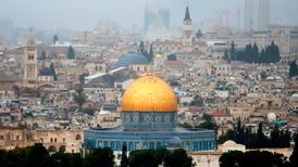 Advarer mot å kalle Jerusalem for hovedstad