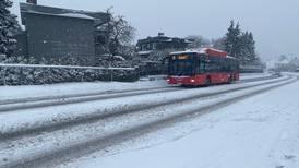 Mye snø skaper kaos