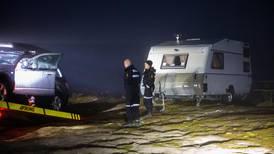 To døde jegere funnet i campingvogn