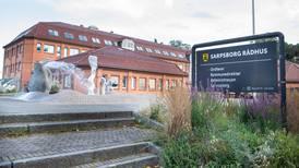 Vil stenge alle skoler i Sarpsborg