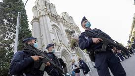 Dette vet vi om terroren i Frankrike
