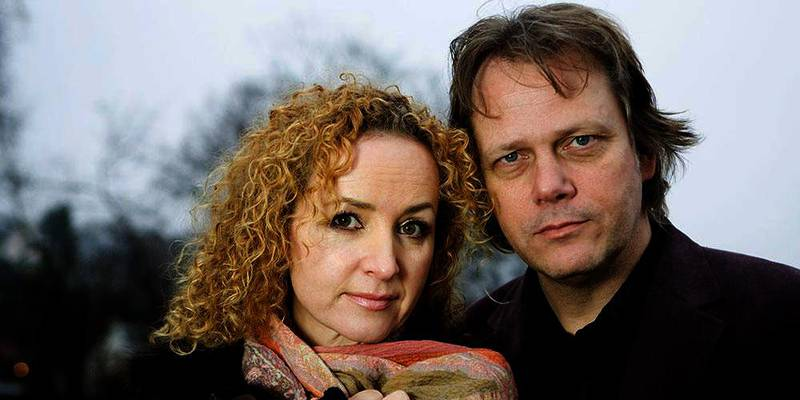 Bildet viser Rolf Løvland og Fionnuala Sherry.