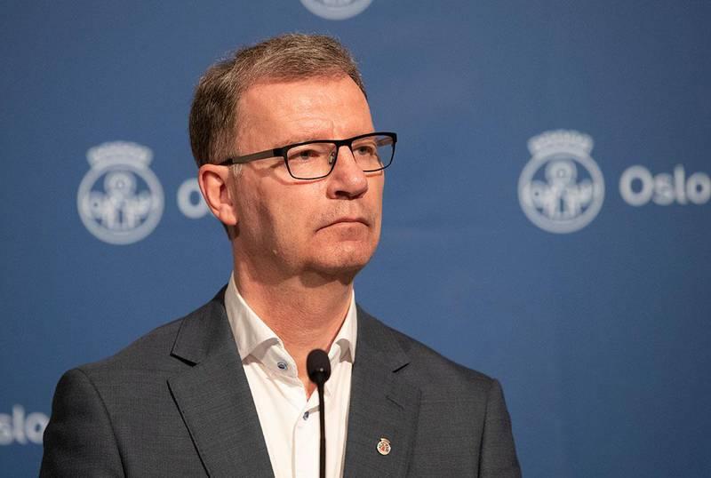 Bildet viser byråd for helse Robert Steen. Han ønsker å masse-teste elever. lærere og andre i Oslo.