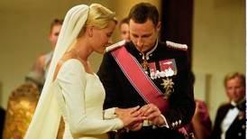 Feirer 20 år som mann og kone