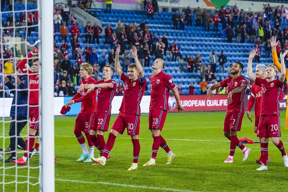 Fotballherrene får spille for langt flere publikummere på Ullevaal mandag enn de siste to årene. Foto: Lise Åserud / NTB