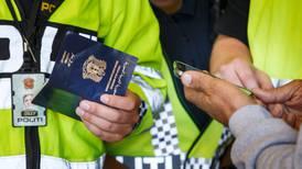 644 sendt ut av landet med tvang