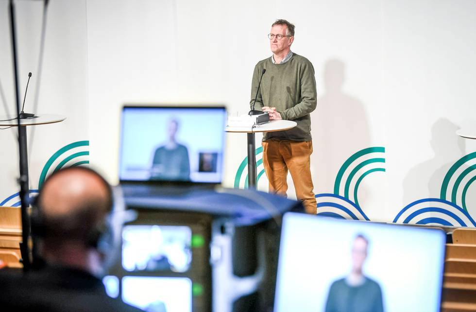 Statsepidemiolog Anders Tegnell er urolig over økende spredning av deltavarianten og anbefaler svensker som blant annet kommer fra Spania, om å teste seg ved hjemkomst.  Fot: NTB