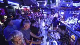 Flere tusen festet på nattklubber